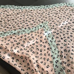 Pink leopard light scarf.